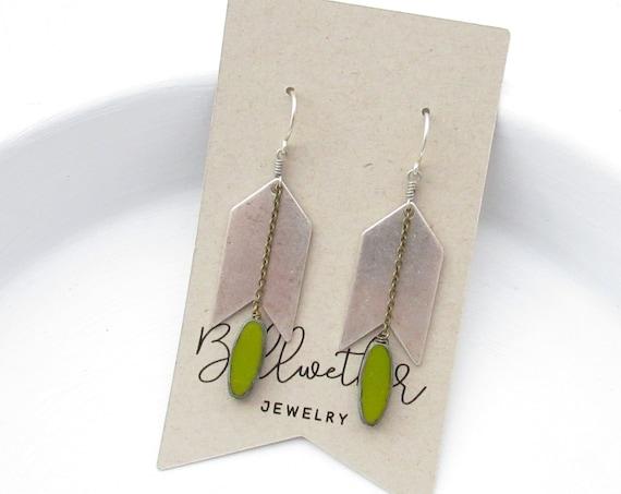 Arrow Earrings > Green