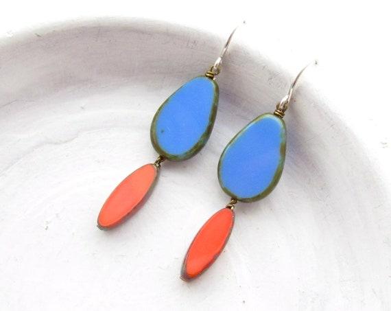 Pigment Earrings > Blue