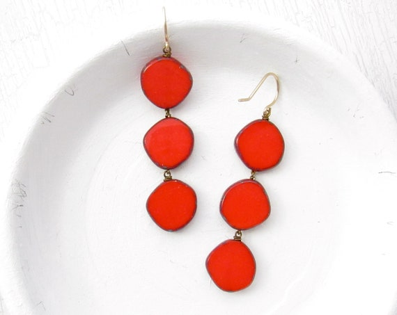 Dot Earrings > Red