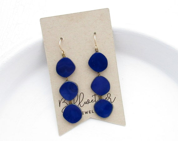 Dot Earrings > Navy