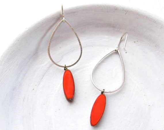 Silver Balance Earrings > Coral