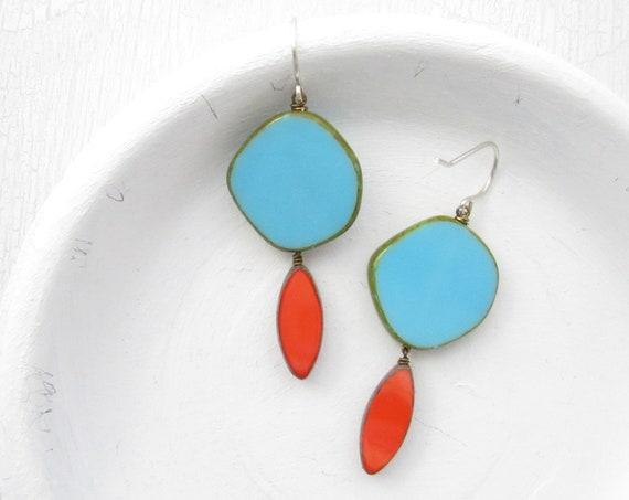 Hue Earrings > Blue