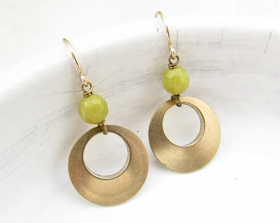 Halo Gemstone Earrings > Olive Jade
