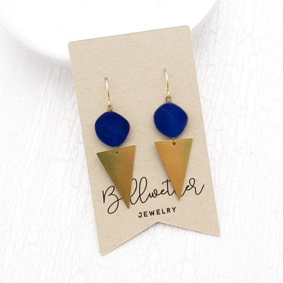 Point Earrings > Blue