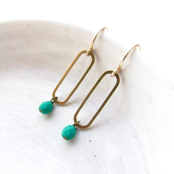WHOLESALE LISTING // Oval Earrings - Emerald // EOE