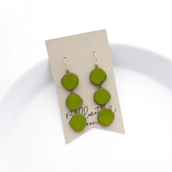 Dot Earrings > Olive