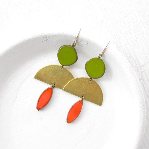 WHOLESALE LISTING // Half Moon Earrings > Olive // EHMO