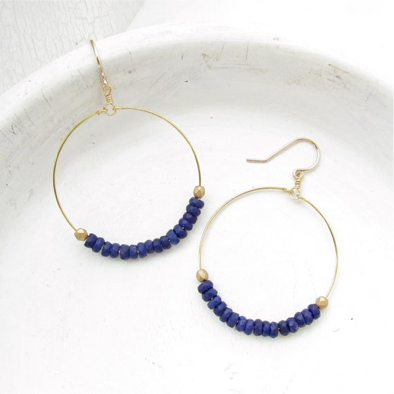 Dainty Hoop Earrings > Navy