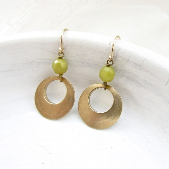 Halo Gemstone Earrings > Olive Jade