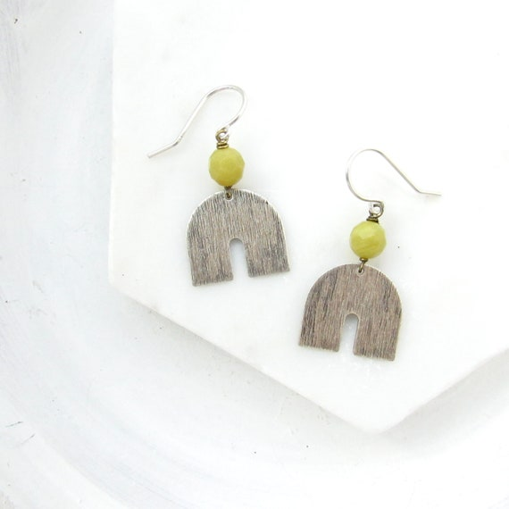 Horseshoe Earrings > Olive Jade