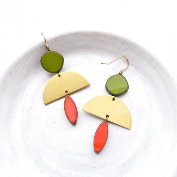 Half Moon Earrings > Olive