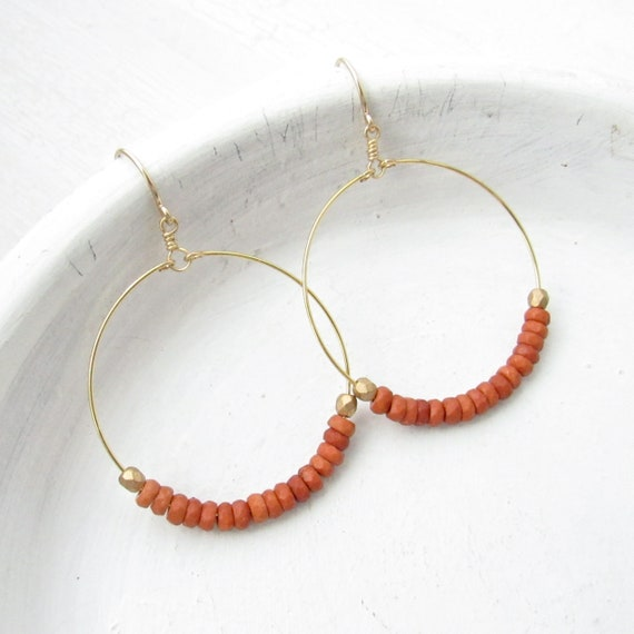 Dainty Hoop Earrings > Sienna