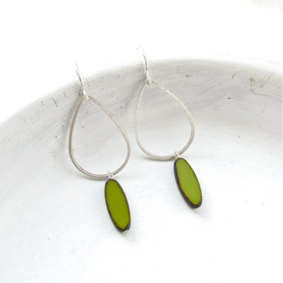 WHOLESALE LISTING // Silver Balance Earrings - Olive // ESBO