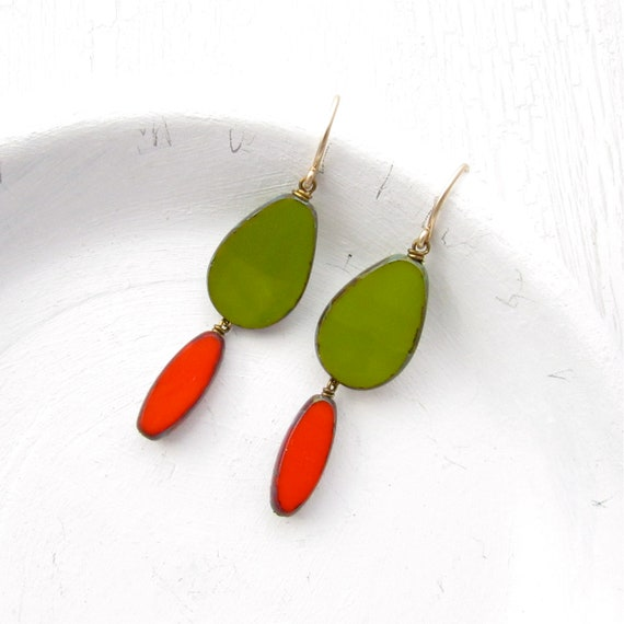 Pigment Earrings > Olive