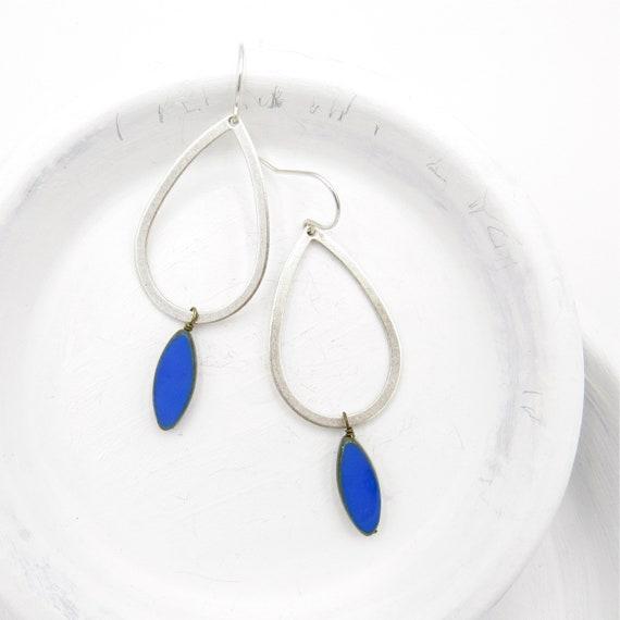 Silver Teardrop Earrings > Blue
