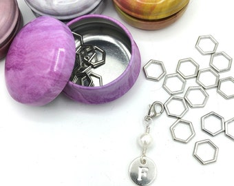Custom stitch markers with tin, silver hexagon stitch marker set of 20 with fresh water pearl monogrammed progress keeper, knitting present,