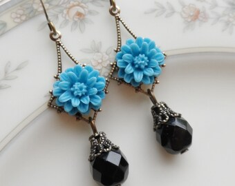 75% Off Price Sale, Turquoise Blue, Mum Flower, Brass Filigree, Czech Glass Bead
