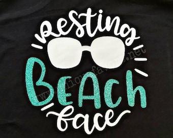 Ruht Strand Gesicht! Strandleben inspiriert Tank-Top. Weitere Farben erhältlich! T-Shirts, V-Ausschnitt, Sweatshirts und vieles mehr!