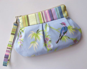 Zip & Go Wristlet / Amy Butler fabric