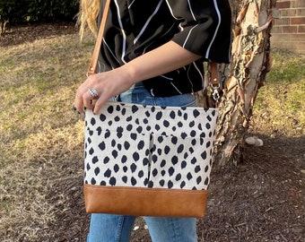Black Dot shoulder Bag with FRONT POCKETS Vegan Leather