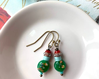 Colorful green and red earrings, beaded earrings, holiday earrings, small dangle, Christmas earrings, colorful earrings, dainty earrings