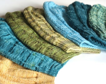 Lucky 7, a Slouchy Unisex Hat PDF pattern with instructions for 7 different weights of yarn