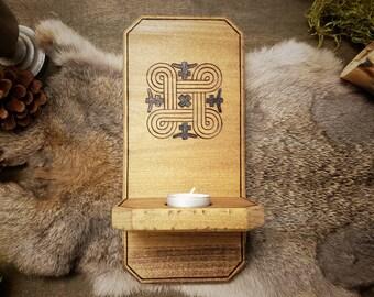 Rustic Wood Sconce - Hannunvaakuna
