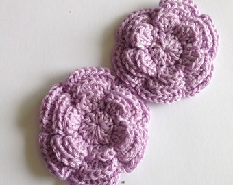 Appliqué crochet flower in light purple