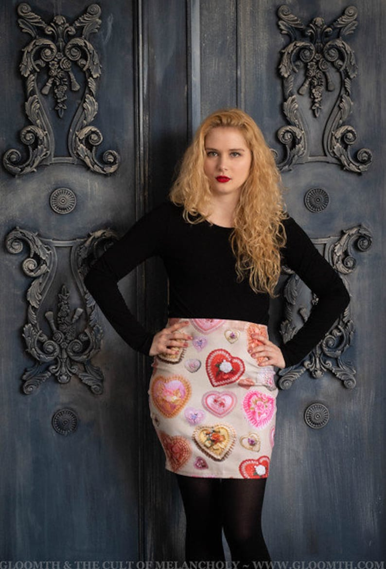 Gloomth Doll Heart Shaped Box Vintage Valentine Print Miniskirt Bodycon XS to 3XL Available