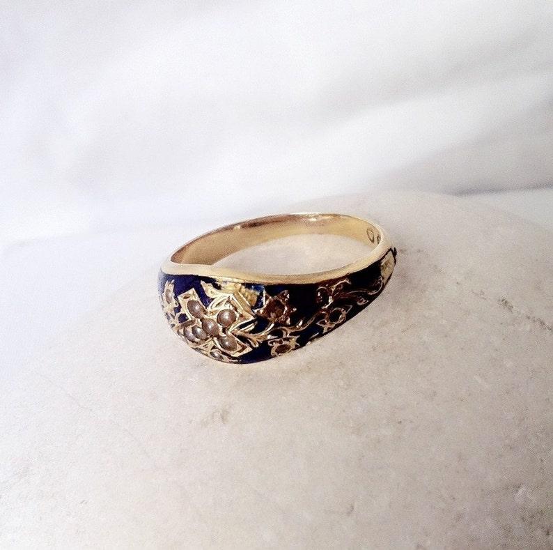 d6c90ed9272e Hermosa perla de semilla Cruz y azul anillo de esmalte 18k oro