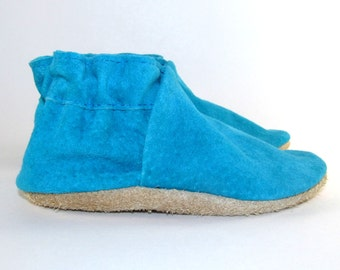 Soft Sole Leather Baby Shoes, Moccasins, Moccs 0 to 6 Month Eco Friendly