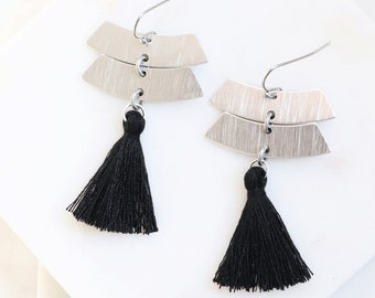Black Tassel Earrings, Silver Earrings with Tassels,  Long Tassel Earrings, Tassel Dangle Earrings, Modern Silver Earrings, Dangle Earrings