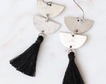Silver Tassel Earrings, Silver Earrings, Silver Dangle Earrings, Bridesmaid gift, Silver Wedding Earrings, Black and silver, Black Fringe
