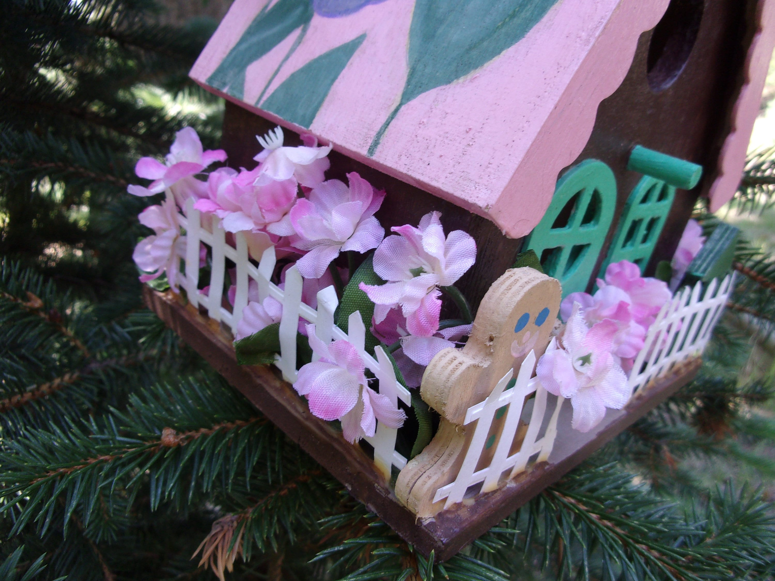 Hand Painted Birdhouse Pink And Brown Birdhouse Birdhouse Fenced