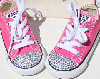 Kids Chuck Taylor Toddler Low Top All Star Converse Pink Flower Girl Shoes  Sneakers Crystallized Mommy and Me a0b0d3f658