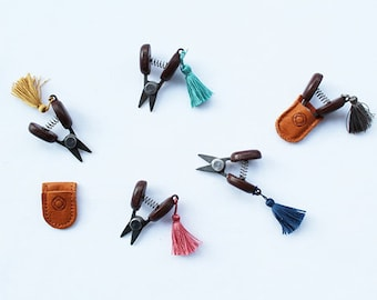 Cohana Japanese mini scissors - choose your color