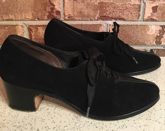 f38c86468b3 1940 s Selby Arch Preservers Black Loafer Heels Lace Up Leather True Vintage