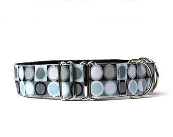 Wide 1 1/2 inch Adjustable Buckle or Martingale Dog Collar in Silver Dot