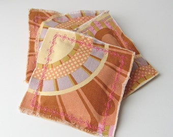 Lavender sachets, set of 3 sachets, pastel colors scented sachets, rustic sachets, cottage chic decor, linen freshener, aromatherapy pillow