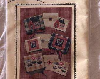 The Village Peddler Pattern Co Stationary Holders by Kathy Nobis SHS-71 New Unused