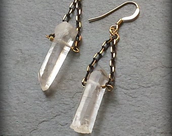 Raw Crystal Quartz Earrings, Raw Crystal, 14k Gold Filled, Quartz Point Earrings, Raw Quartz, Raw Stone, Quartz Point, Black Gold Earrings
