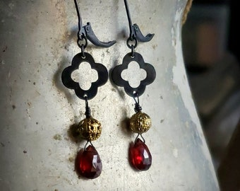 Garnet Clover Earrings, Oxidized Silver and Gold Garnet Earrings, Black Gold Dark Red Earrings, Garnet Teardrop Leverback, Garnet Jewelry