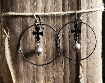 Big Hoop Earrings, Silver Pearl Earrings, Black Hoop Earrings, Grey Pearl Earrings, Black Cross, Edgy Style, Statement Hoop Earrings
