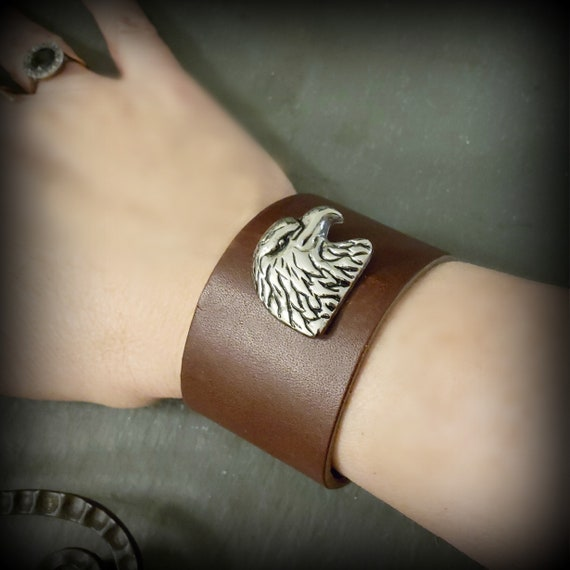 Brown Leather Cuff Silver Eagle Bracelet, Wide Leather Cuff, Antique Silver Bird Animal Eagle Crow, Leather Jewelry, Cognac Brown Leather