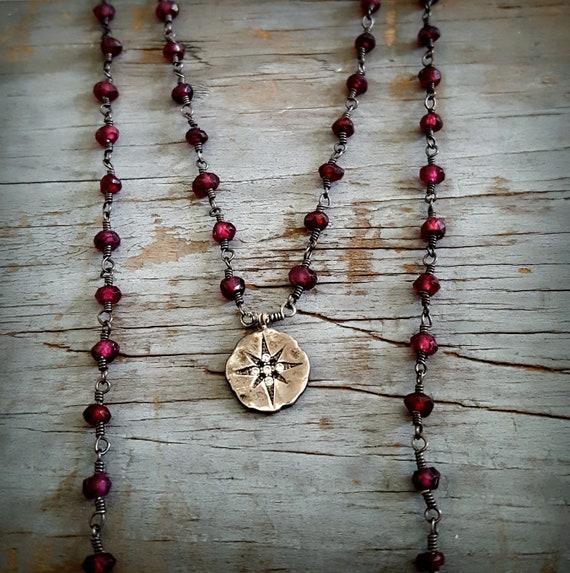 Garnet Love Compass Necklace - Tiny Garnet Stone, Starburst Silver, Rose Des Vents, Garnet Jewelry, Oxidized Silver Stone Dark Red Black