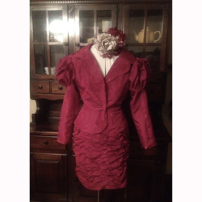 Effie Costume The Reaping Suit image 0