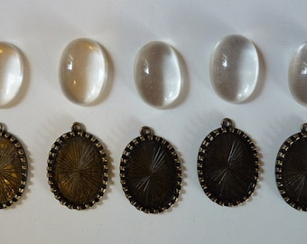 Lot of 25 Cameo Cabachon setting 18x25mm with clear cabachons