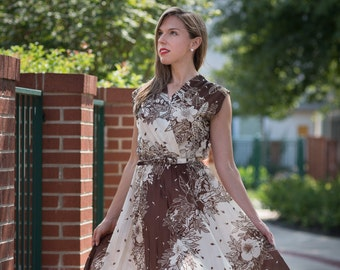 Vintage Brown And Ivory Belted Floral Dress (Size Small/Medium)
