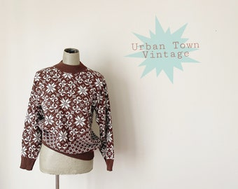 1970s Brown And White Snow Flake Ski Sweater (Size M)
