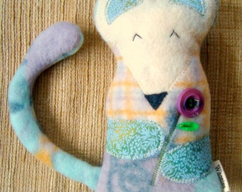 Love-Lee mouse Doll pattern pdf toy Download Pattern Now